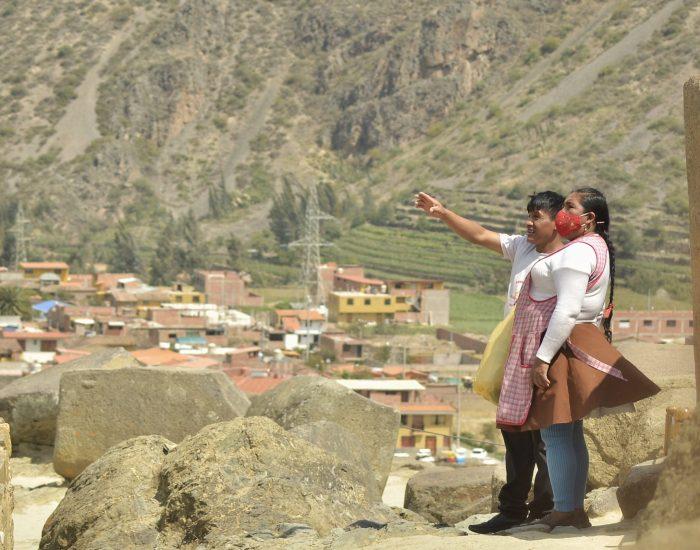 Los sitios arqueológicos del Perú reabrieron en noviembre del 2020, tras ocho meses de cierre debido a la pandemia. La reactivación motivó principalmente la llegada de visitantes locales que pudieron ingresar a estos espacios de forma gratuita hasta el 31 de diciembre. El turismo es una de las actividades económicas más importantes del Perú y una de las más afectadas por la crisis sanitaria.
